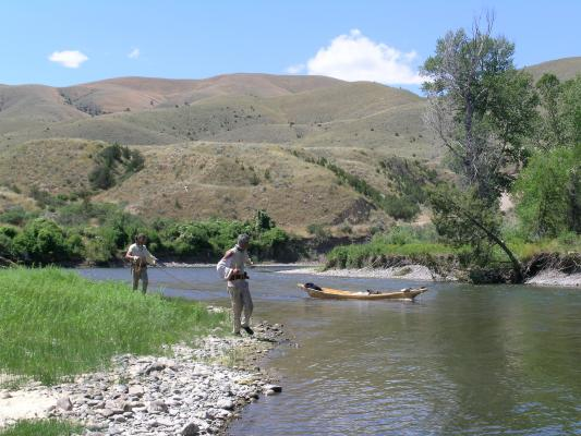 Cordelling a branch of the Missouri River with the Lewis and Clark bicentennial in 2005 (photo by Norm Miller).